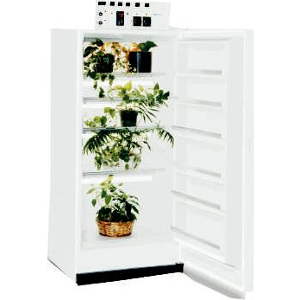 Labpro 151 840L Small Plant Growth Chamber