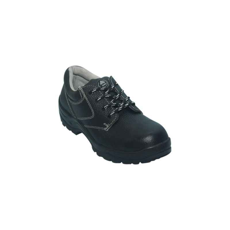 Bata Industrials New Bora Safety Shoes, Size: 10 (Pack of 10)