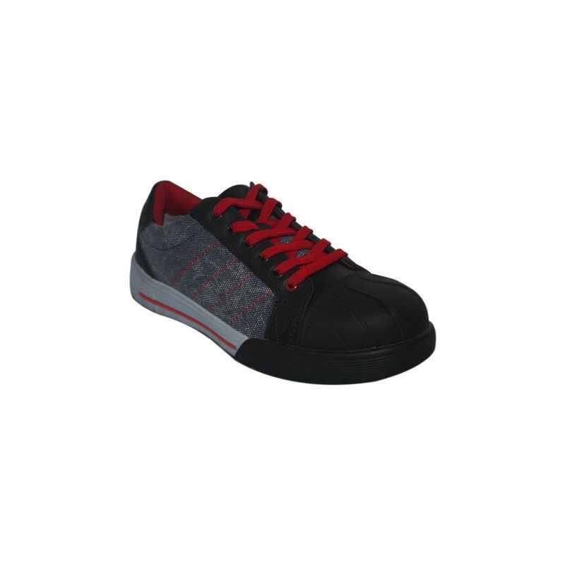 Bata Industrials BICKZ 920 Rubber Nitrile Sole Safety Shoes, Size: 9