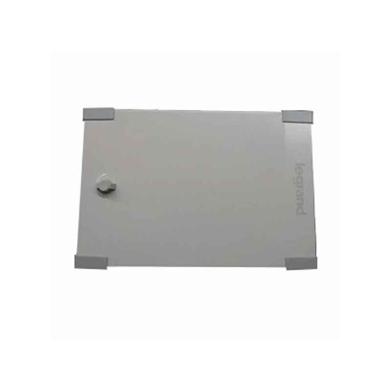 Legrand Ekinox 4 Way SPN Distribution Board With Metal Door Box, 5076 10